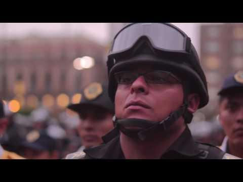 Tu eres parte de Nuestro Pueblo Hermano Policia  Marcha del 24 de junio D.F.