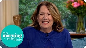 Handmaid's Tale Star Ann Dowd Reveals What's in Store for Aunt Lydia | This Morning