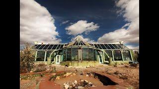 Maison écologique Earthship de Luxe : Le Phoenix !
