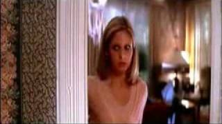 Sarah Michelle Gellar Scream 2 Cici Checks Out