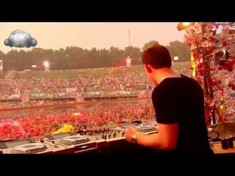 HARDWELL - Never Say Goodbye - Tomorrowland 2013 - HD