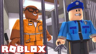 STARTING A PRISON FIGHT IN ROBLOX