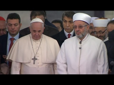 Pope Francis addresses Middle East crises in Turkey
