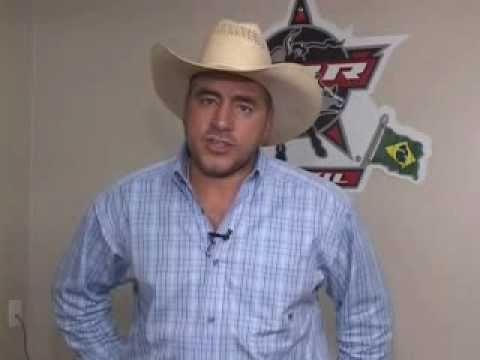 PBR -- Adriano Moraes, presidente ABBI Brasil - YouTubeAdriano Moraes Bull Rider