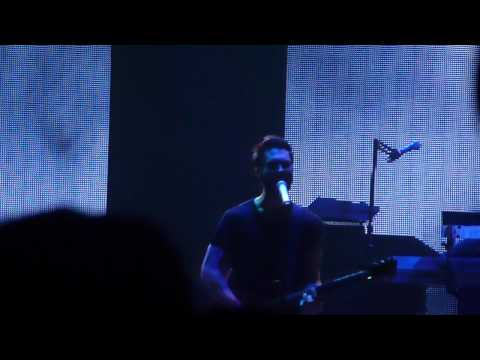 "One More Night Instrumental ""Yeah Yeah Yeah"" - Maroon 5 (08.29.2012 - Santiago, Chile)"