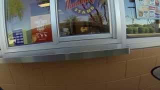 Tastee Freez, Der Wienerschnitzel, Hamburger Stand Drive-Thru Order, 5 November 2014, GOPR7480