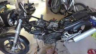 BTB ép 4 - Déposer le moteur d'une Ducati Monster 600 [Tuto]