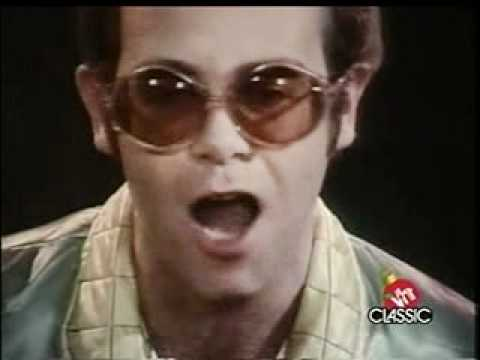 Step Into Christmas.Elton John Step Into Christmas 1973