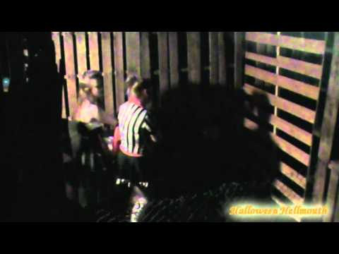 2011 Haunted House Prop Car Scare Vid...