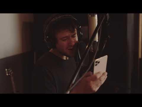 Смотреть клип Alec Benjamin - The Way You Felt