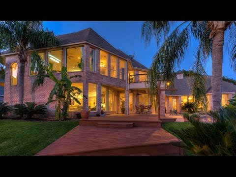 Real Estate for Sale ~ 330 Club Island Way, Montgomery, TX. 77356