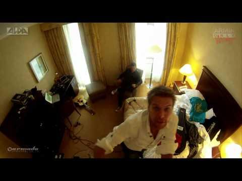 Acoustic hotel room session IIX: Neon Hero (Christian Burns & Eller van Buuren)