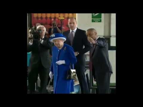 Queen Elizabeth II, Prince William visit victims of London Tower infero