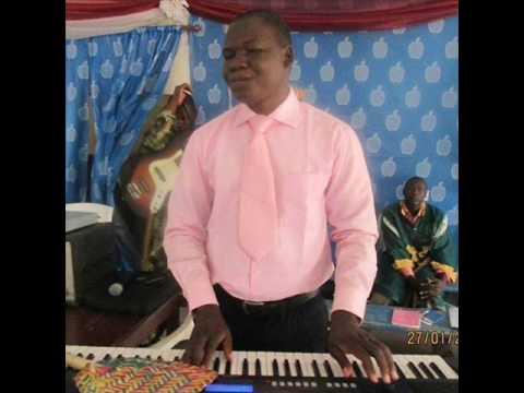 Tchad L'artiste chantre Gedeon Fangbo