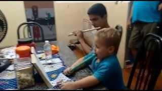 Baixar Aprendendo com o tio tocar hino da CCB