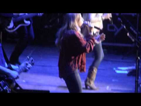 maddie and tae stop and stare