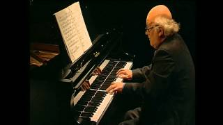 Bernard Roberts performs Beethoven