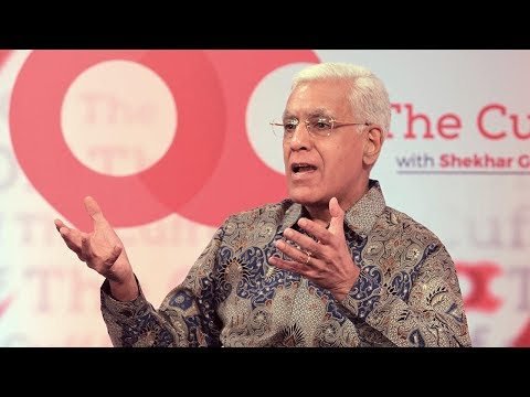 What happened after Modi took off his mic during Karan Thapar's famous Godhra interview?