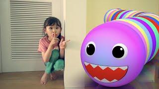 라임이 집에 먹보 벌레가 나타났어요! | 쏙쏙 키재기 벌레 보드게임 LimeTube toy review