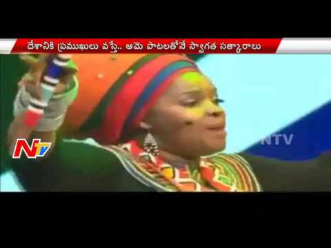 Famous South African Singer Jessica Mbangeni Variety Welcome To PM Narendra Modi | NTV