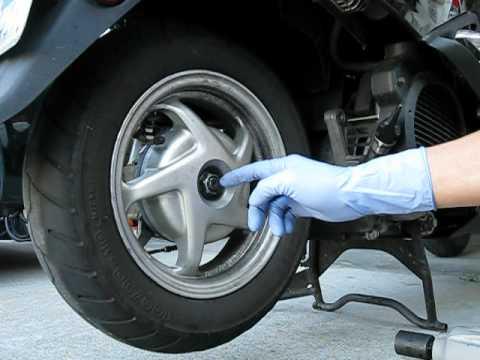 honda nhx110 rear wheel removal installation youtube rh youtube com Honda Lead 100 Honda Wave 110