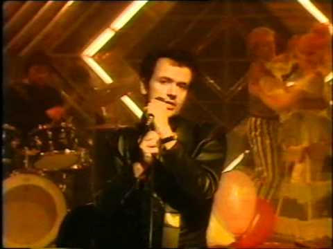 "The Stranglers ""Golden Brown"" Christmas Top Of The Pops 1982"
