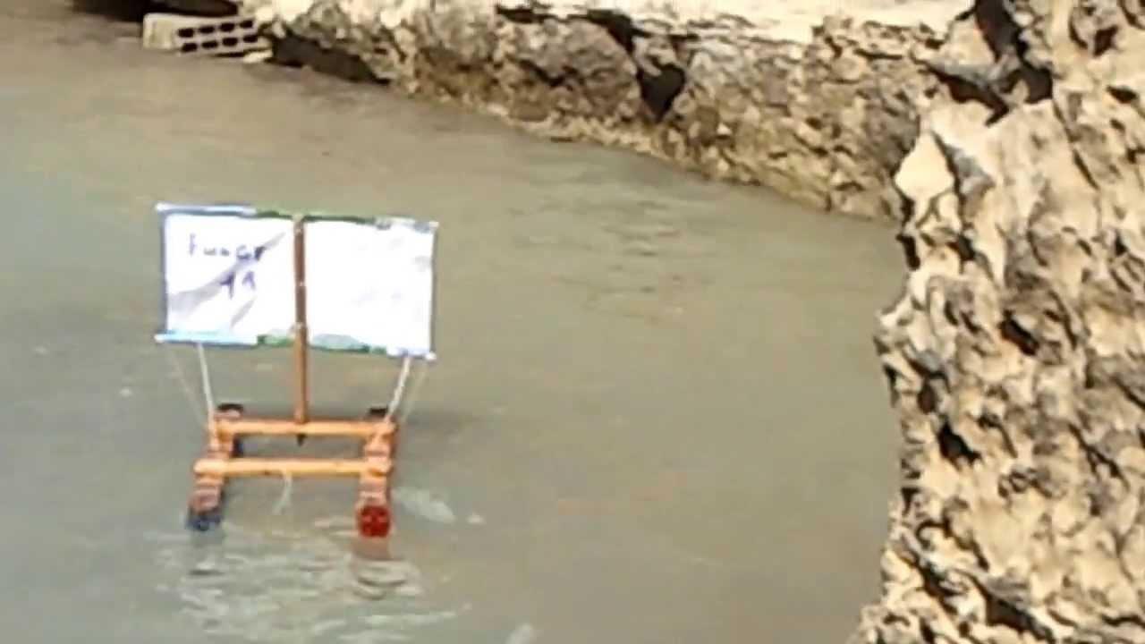 Torre dell 39 orso fulgy1 pesca con barchetta a vela youtube for Barchetta da pesca