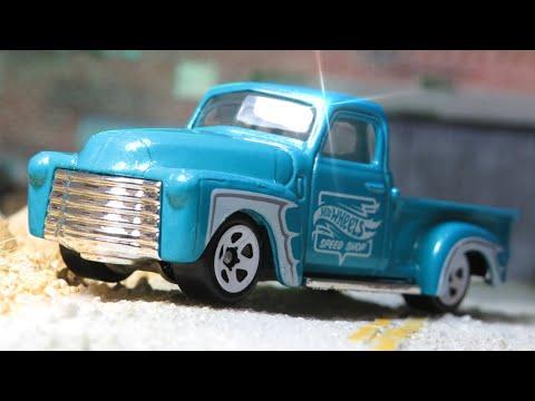 Hot Wheels '52 Chevy Truck - HW Hot Trucks 5-Pack (2019)