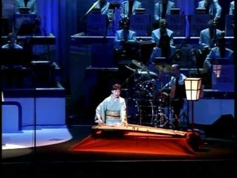 Paul Mauriat & Orchestra (Live, 1998) - Dolls and dream, avec Mieko Miyazaki (HQ)