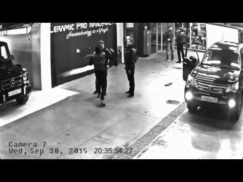 Тимати и Адам Яндиев дерутся на парковке (уличная драка)