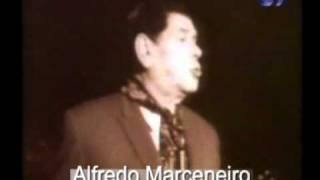 Alfredo Marceneiro  - É tão bom ser pequenino