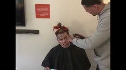 Barber Tries to Cut Tekashi69 hair off (FIGHT)
