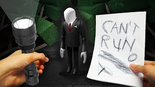 REALISTIC ROBLOX - ESCAPE FROM THE SCARY SLENDERMAN!