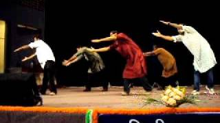 Jaane Jaan Dhoondta Phir Raha - EXPRESSIONLESS FUNNY DANCE - ADE HINDI DIWAS 2010
