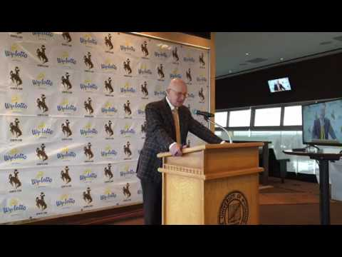 Craig Bohl introduces 2017 Wyoming recruiting class