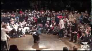 FREESTYLE SESSION WORLD FINALS 2013 Top 4 Polskee Flavor (POLAND) vs The Flooriorz (JPN)