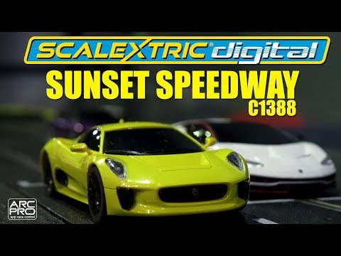 Scalextric | ARC PRO Sunset Speedway Set (C1388)