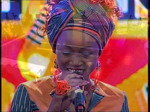 Star Karaoké 2014:Chant au choix d'Huguette Mon honouan de Monique Séka