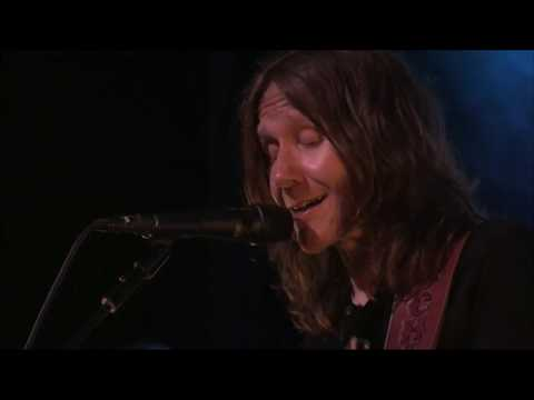 """Blackberry Smoke covers Elton John - """"Burn Down The Mission"""" at The Shed 2019"""
