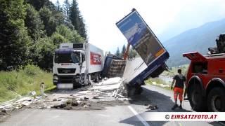 Schwerer Verkehrsunfall auf der B178 bei Waidring
