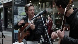justin-bieber-fonsi-despacito-cover-by-duo-busking-in-the-streets-of-london-uk
