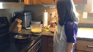 "Lexie The ""mini Mama"" Teaches Kids To Make Gluten Free Swedish Pancakes"