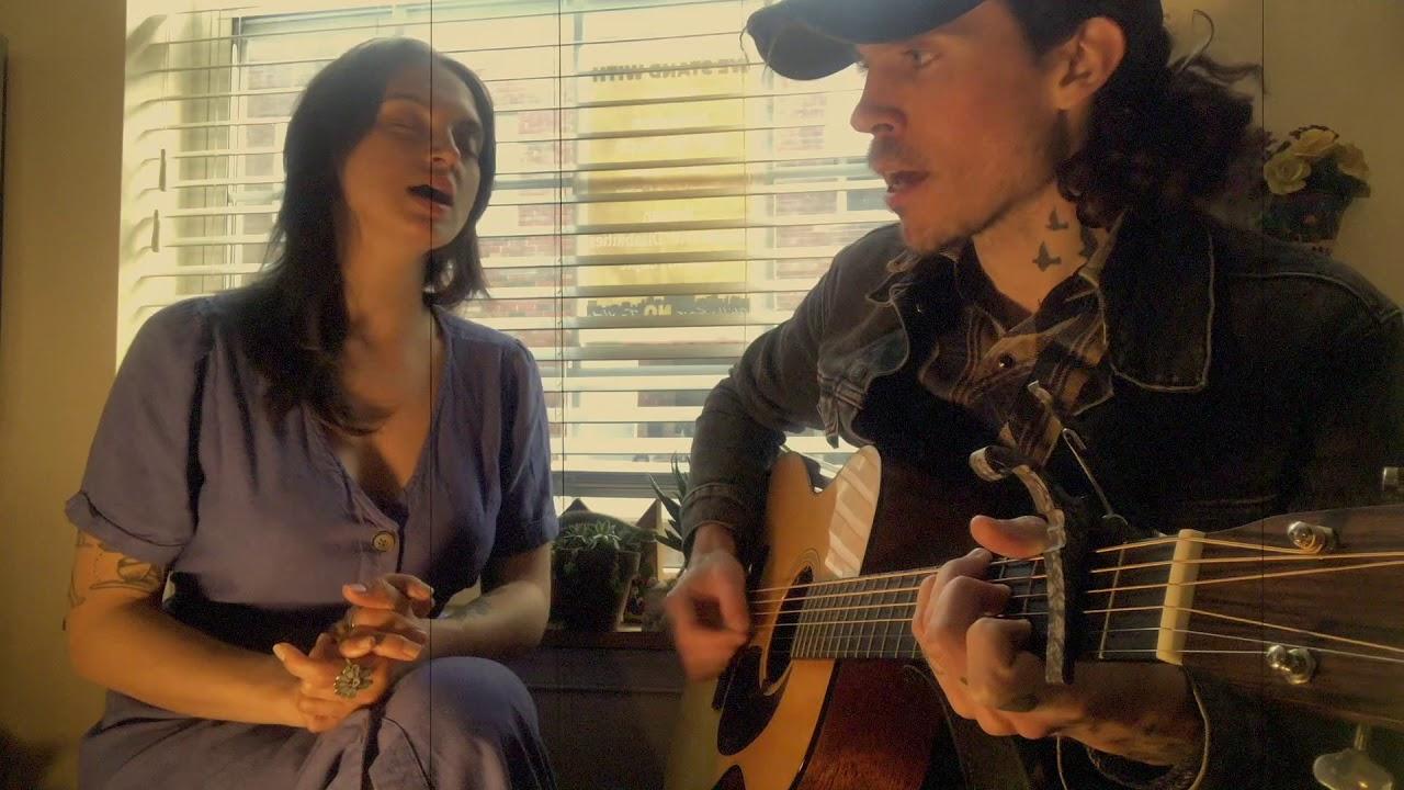 Roger Harvey & Anika Pyle sing 'You Are My Sunshine'