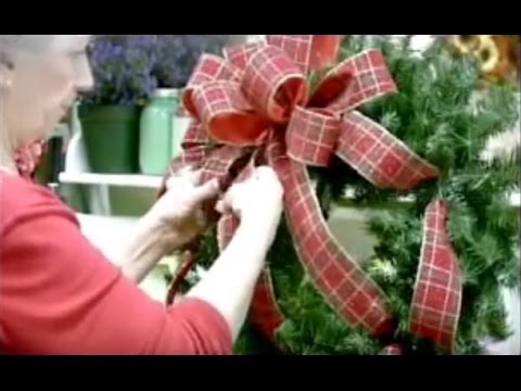 DIY Simple Christmas Wreath Tutorial - Nancy Alexander (2016 ...