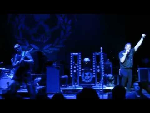 killswitch-engage---you-don't-bleed-for-me---live-in-san-francisco,-ca---08/2015