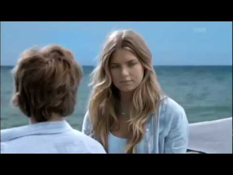 A Kék Lagúna-Az ébredés 2012