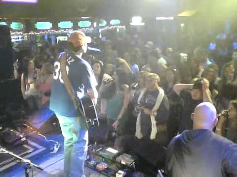 Casey Donahew Band - No Doubt