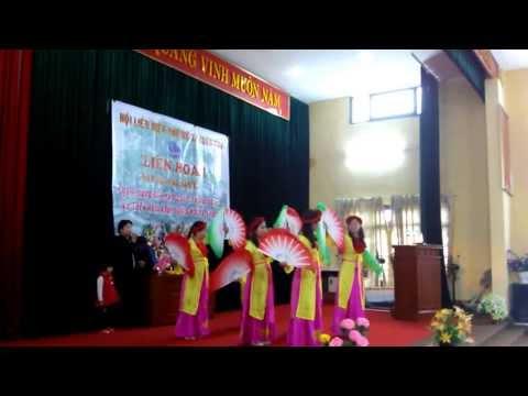 Múa cây trúc xinh - CLB văn nghệ thôn Thu Thủy. HuTfL!