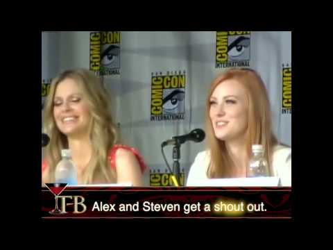 Deborah Ann Woll and Kristin Bauer Van Straten give their absent daddies a shout out