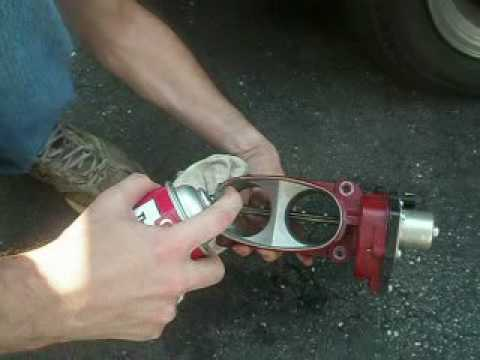Throttle Body Cleaning 2006 Mustang Gt